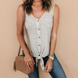 Anthropologie Tie Front Effervescent Tank Small